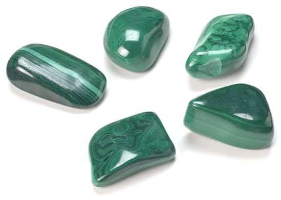 Malachite-pietra-Trasformazione-2-RicchezzaVera-com