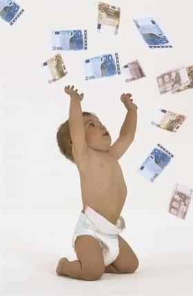 Bambino felice denaro
