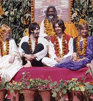 Effetto Maharishi Mahesh yogi Beatles