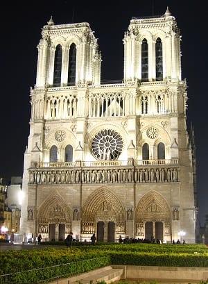 Notre-Dame_De_Paris